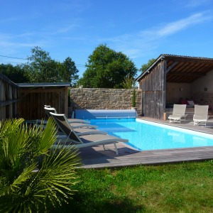 piscine-spa-propriete-luxe-bretagne